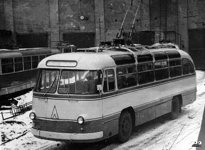 Киев-5 ЛАЗ-695Э