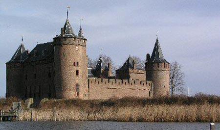 Замок Мюйден