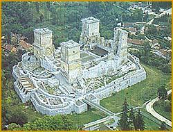 Замок Диосгьйо