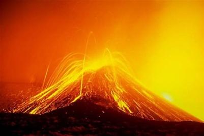 Извержение огромного вулкана