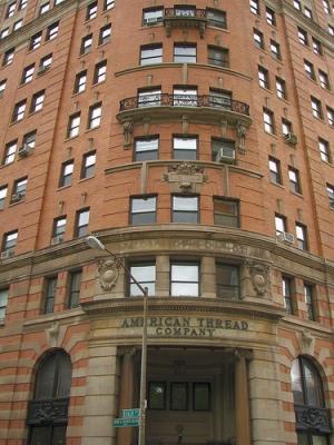 Цепь американских зданий, 260 West Broadway